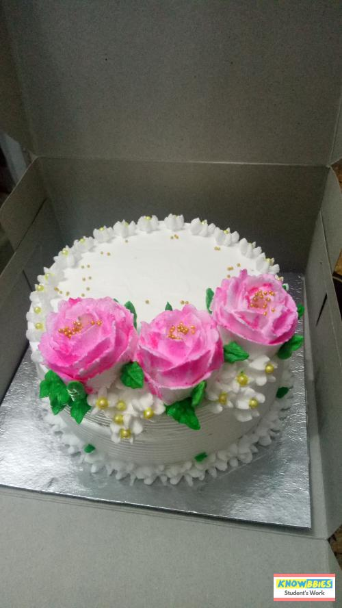 Online Course in Amravati For Birthday Cakes + Fondant Cake : Baking & Icing Video Course (Pre-recorded) in Hindi