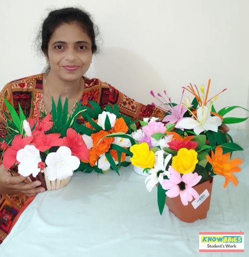 Online Course in Alto Porvorim For Paper Flower Chocolate Bouquet Making Video Course (Pre-Recorded) in Hindi