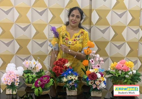 Online Course in Kolkata For Paper Flower Chocolate Bouquet Making Video Course (Pre-Recorded) in Hindi
