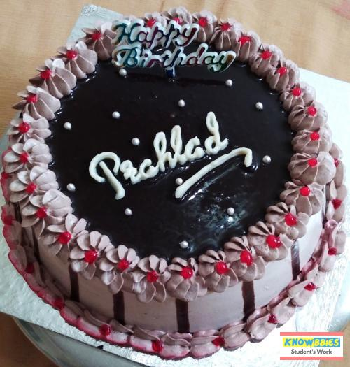 Online Course in South Distt For Birthday Cakes + Fondant Cake : Baking & Icing Video Course (Pre-recorded) in Hindi