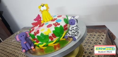 Online Course in Greater Noida For Birthday Cakes + Fondant Cake : Baking & Icing Video Course (Pre-recorded) in Hindi