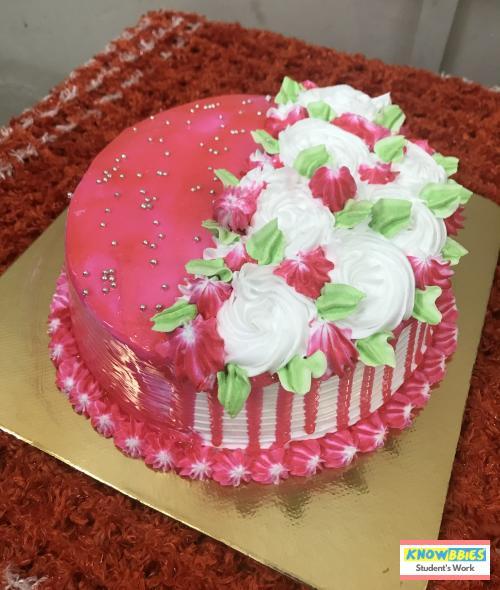 Online Course in Sanguem For Birthday Cakes + Fondant Cake : Baking & Icing Video Course (Pre-recorded) in Hindi